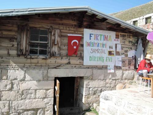 Samistal, locaux de Fırtına İnisyatif, août 2015. Photo Clémence Scalbert-Yücel